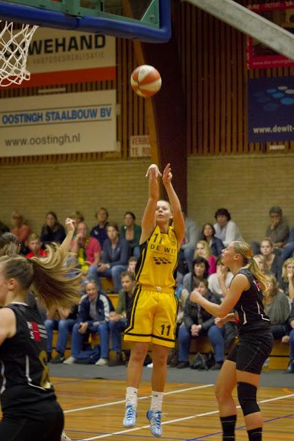 Sonja Kuijt goed voor 6 driepunters