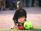 Une enfant de moins de 8ans servant de ramasseur des ballons lors du match, RDC- Côte d'Ivoire le 11/10/2014 au stade Tata Raphaël à Kinshasa qui s'est soldé sur la victoire des ivoiriens sur le score: 1-2. Radio Okapi/Ph. John Bompengo