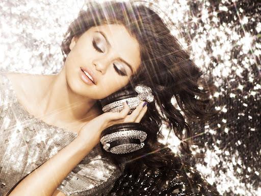Imagens da Selena Gomez! SelenaGomez2011Wallpapers
