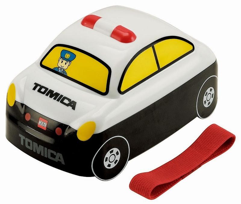 Hộp cơm trưa có hình dáng bên ngoài là chiếc Tomica cảnh sát