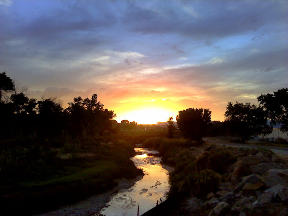 Sunset along the Price River Trail