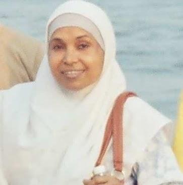 Waheeda Ahmed Photo 10