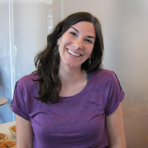 Nicole Kahn Photo 18