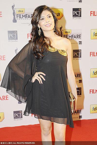 Vanya MIshra, Miss India World 2012, looked super-sexy in black during the 58th Idea Filmfare Awards 2013, held at Yash Raj Films Studios in Mumbai.Click here for:<br />  58th Idea Filmfare Awards<br />