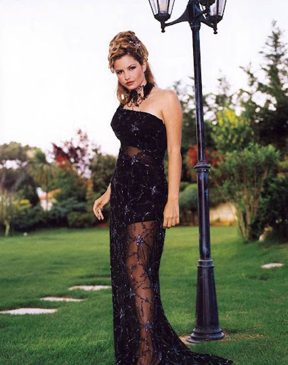 Arab Model Alexandra Bob black dress