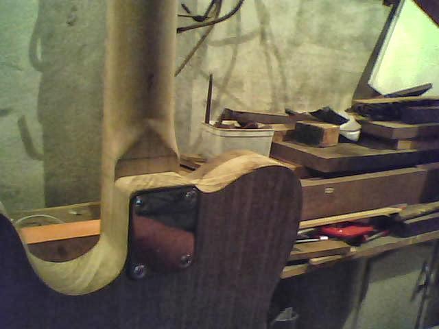 Construção guitarra telecaster, meu 1º projeto bolt on. Finalizado e com vídeo - Página 2 Imagem+058