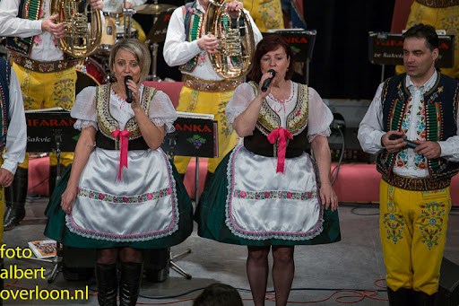 Blaaskapel Freunde Echo met Tufaranka Overloon 19-04-2014 (30).jpg