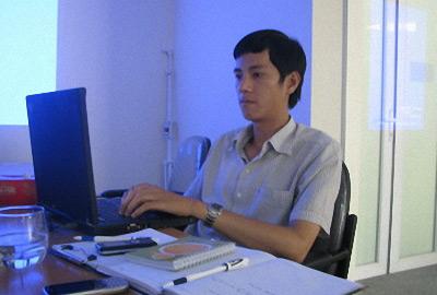 """Phạm Trường Sơn: Từ """"đại gia VLTK"""" đến người bán vé số 2"""