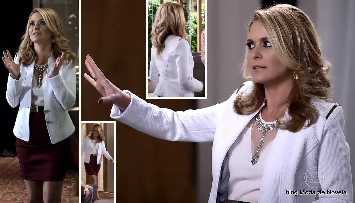 moda da novela Geração Brasil - look da Pamela com blazer branco dia 10 de julho