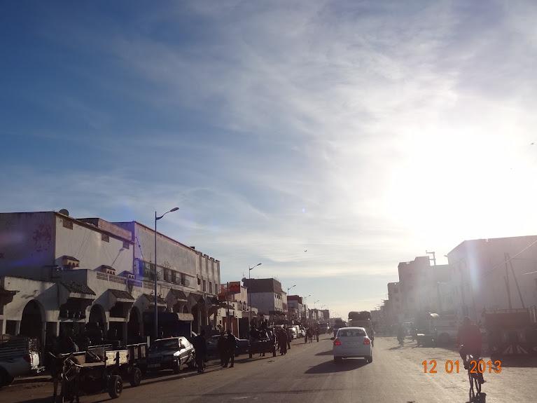 Marrocos e Mauritãnia a Queimar Pneu e Gasolina - Página 2 DSC05513