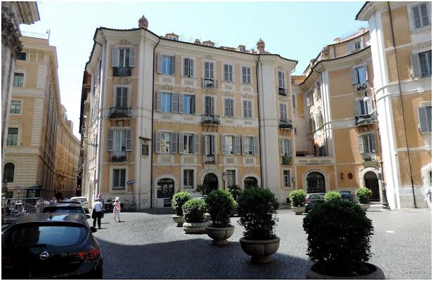 Chiesa di Sant' Ignazio di Loyola, Via del Caravita, 8a, 00186 Roma, Italy