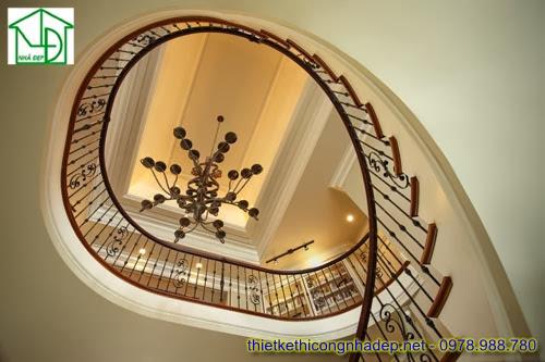 Cầu thang tròn