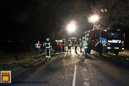 Automobilist gewond bij eenzijdig ongeval op de grens overloon venray 11-12-2012 (18).JPG