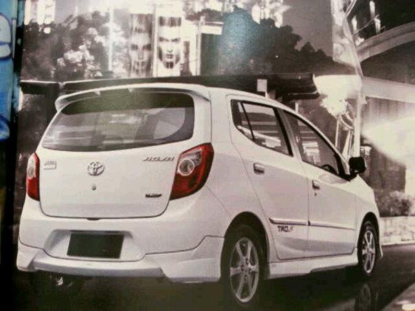 Toyota Agya-back