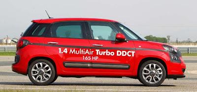 2013 US Fiat 500L side