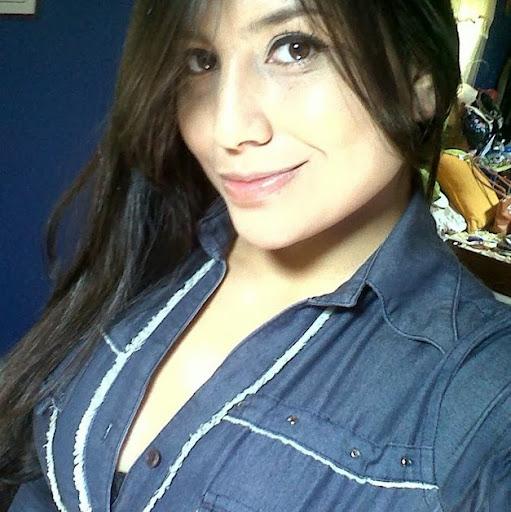 Alexandra Manzano