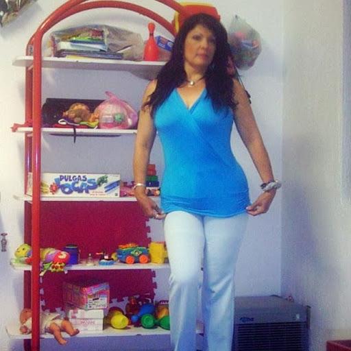Yesenia Valle Photo 14