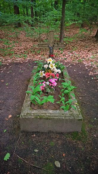 Groby niemieckich żołnierzy z czasów II WŚ