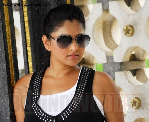 Unseen Tamil Actress Images Pics Hot: Sexy Divya Spandana