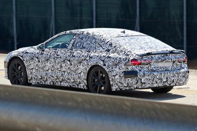 The 2018 New Audi A7 spy photos