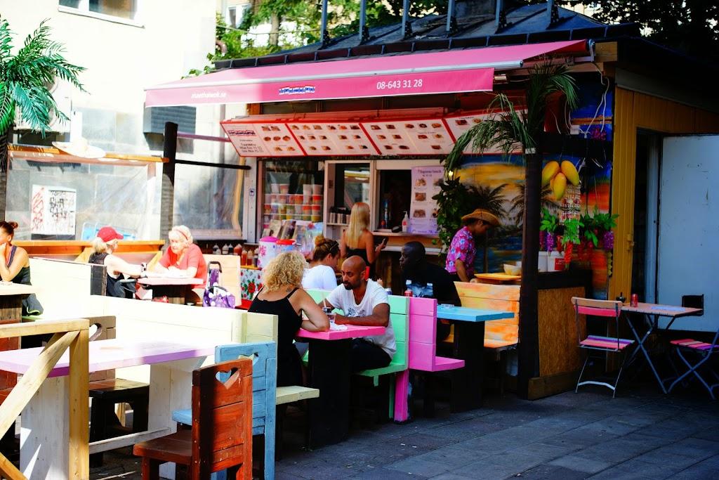 lovely vegan cafes in Sofo