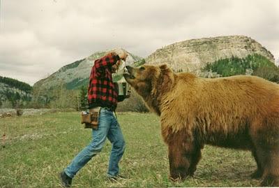 Urso pardo vs Urso polar - Página 2 Bart6