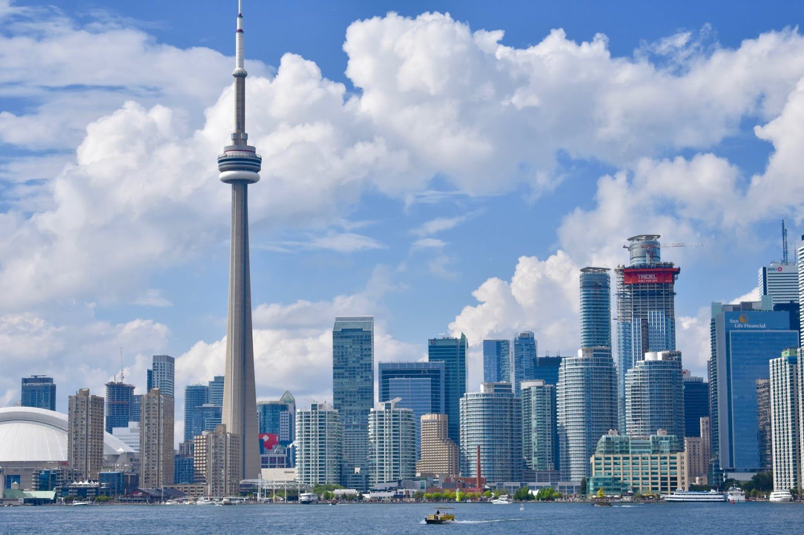 CN Tower - things to do in Toronto with kids