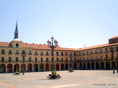 plaza mayor leon