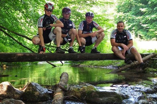 zdalekaodszosy podróże, lifestyle, blog, rowerem, jachtem, hausboutem