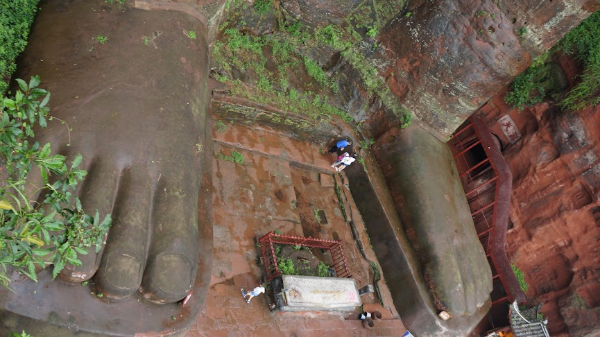 Feet of the Leshan Grand Buddha, Leshan, Sichuan