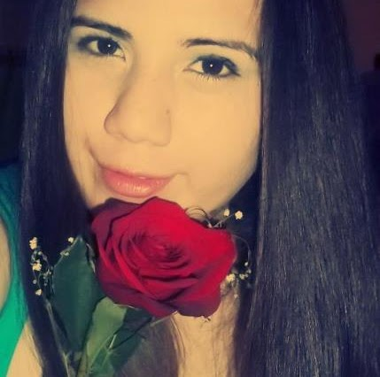 Geraldine Paz