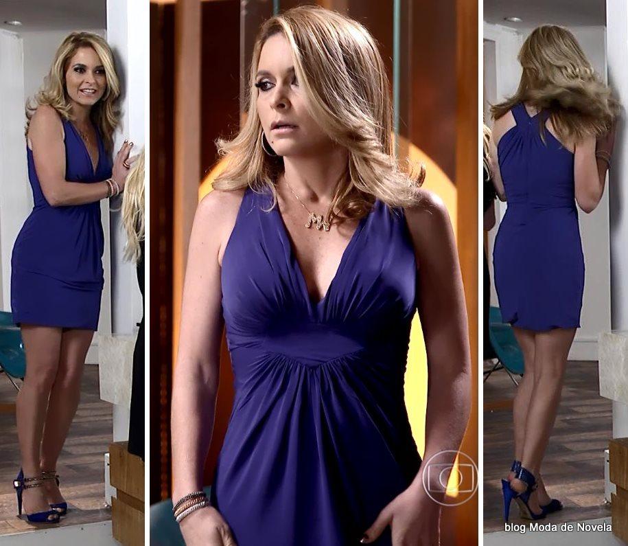 moda da novela Geração Brasil - look da Pamela com vestidinho azul dia 12 de julho