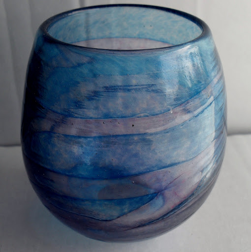 Signed pink and blue swirl vase  SDC11581