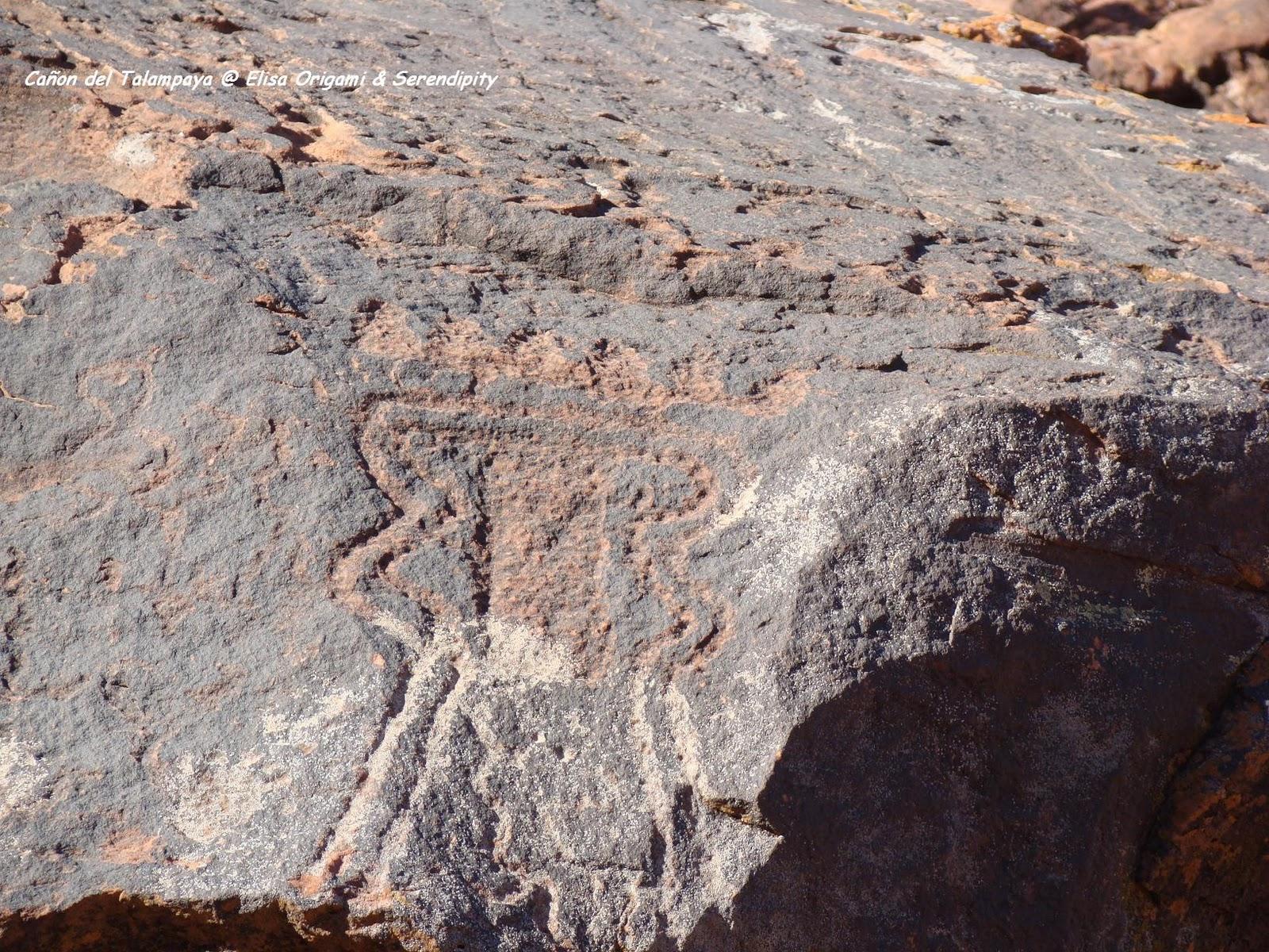 Petroglifos, morteros, Cañon del Talampaya, la rioja, Argentina, viajes, travel, travel blogger