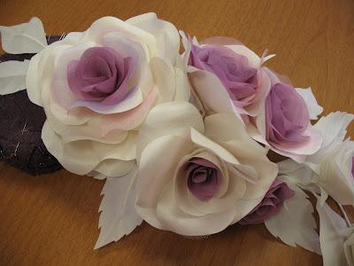 rose di stoffa per abito da sposa
