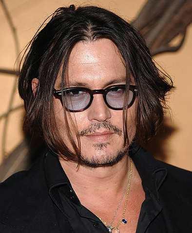 Khabar Angin 'Kematian' Johnny Depp Buat Laman Web Sesak