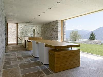 9 Самые красивые дома мира | Фото интерьера каменного дома в Швейцарии