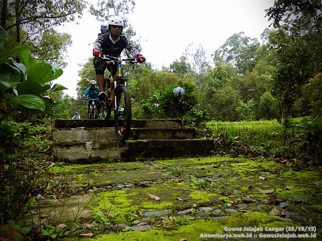 Video : Mountain Biking at Cangar