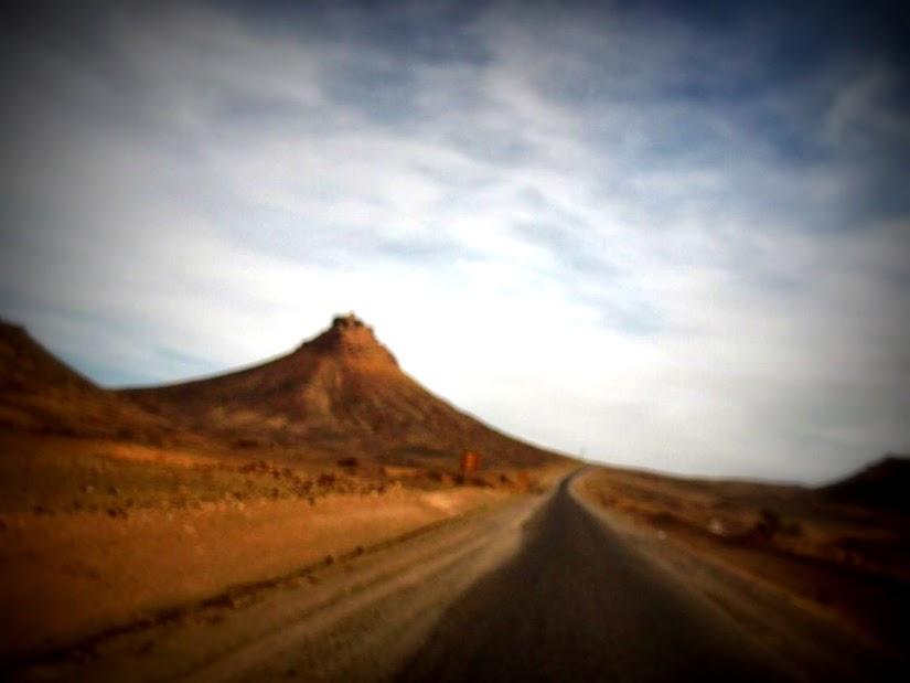 Marrocos e Mauritãnia a Queimar Pneu e Gasolina - Página 13 DSCF1463