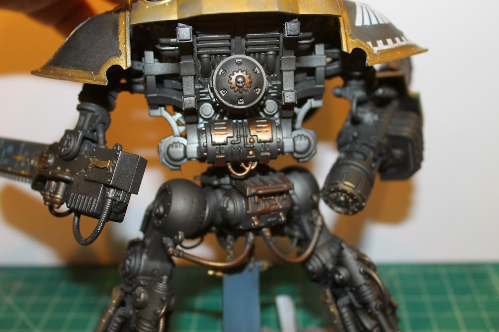 Imperial Knight, back