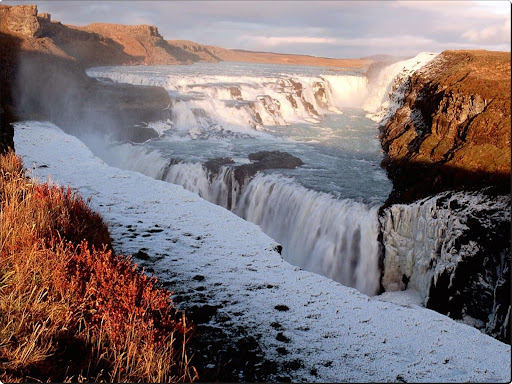 Falls_at_Gulfoss.jpg