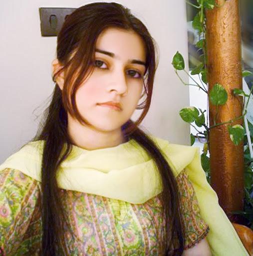 Hania Mumtaz