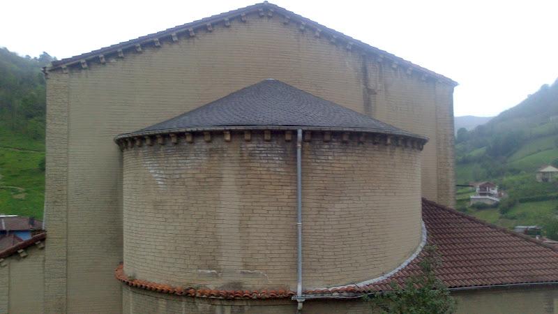 Ábside de la iglesia de La Vega
