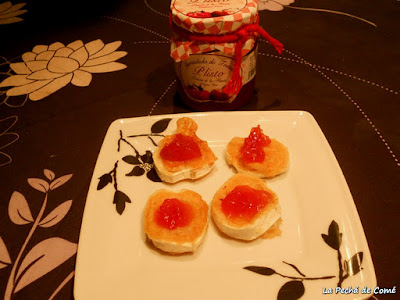 Queso de cabra con mermelada de tomate de P. Listo