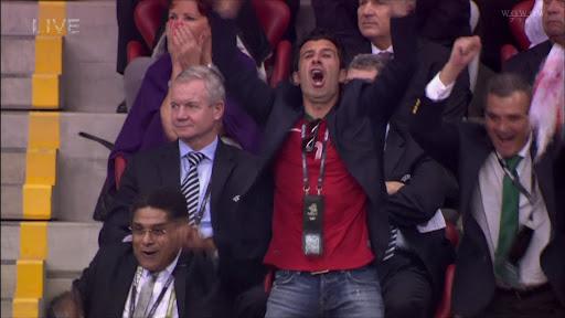 EURO2012でポルトガルvsチェコを見るフィーゴさん