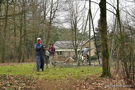 houthakkersmeewerkdag overloon 3-03-2012 (54).JPG