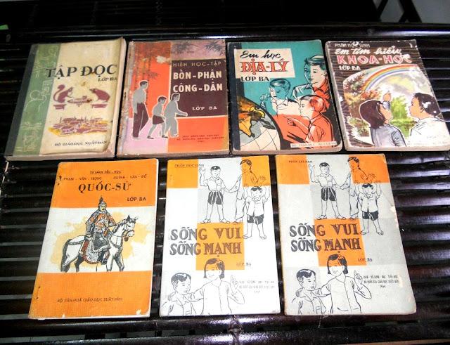 Sách giáo khoa tiểu học cũ - nơi lưu giữ từng trang ký ức DSCN2765