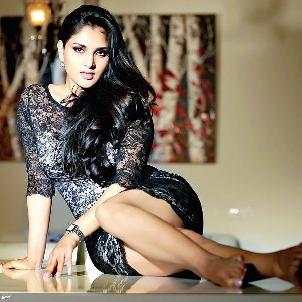 Ramya: The actress seems to have mastered the art of multi-tasking. In addition to campaigning for the Congress Party in the recent Karnataka elections and working on her upcoming films, the actress also appears to have worked on the launch of her new clothes line.