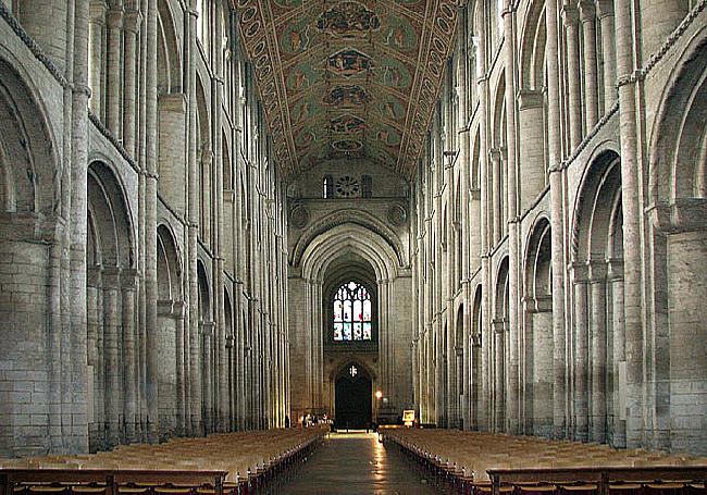 Catedral con alta reverberación