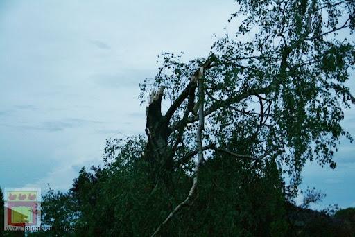 Noodweer zorgt voor ravage in Overloon 10-05-2012 (23).JPG